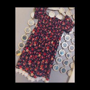 Knee length Modern Floral & Lace Dress Bobbie Broo
